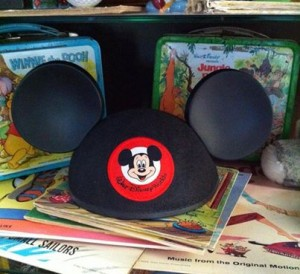 Mickey-Mouse-Ear-Hat-300x274